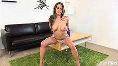 Hot bombshell Rachel Roxx reveals her sexy curvy body, eager to fulfill her needs