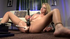 Striking blonde Missy Lynn is made to reach her climax with sex toys