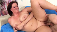 Chunky And Lustful Brunette Wife Finds It Hard To Resist A Long Shaft