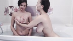 Big Boobs Lesbians Fun In The Bedroom
