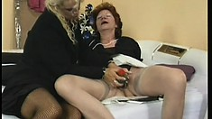 Her nasty old cunt gets toyed and the mature blonde gets fingered