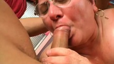 Fat mature slut Cathy gets two fools banging away at her old cunt