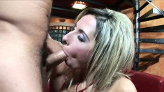 Sultry blonde Daria Glover reveals her body and gives a great handjob