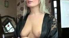 Amy Green Hot Downblouse