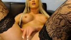 Stunning Hot Blonde On Webcam